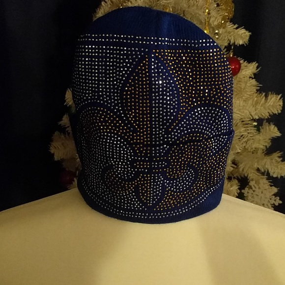 Other - Blue sparkly hat (3 items for 15$)